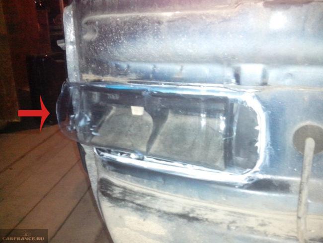 Чистка вентиляционных отверстий в заднем бампере на ВАЗ-2112