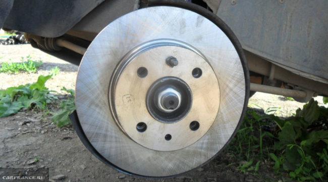 Вентилируемый тормозной диск на ВАЗ-2112
