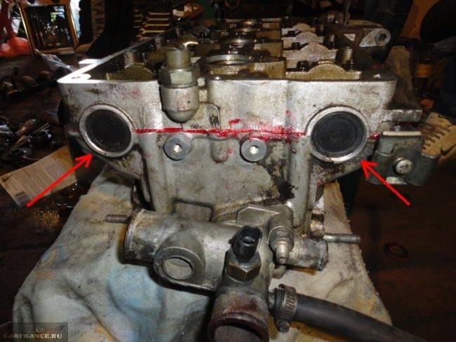 Демонтируем заглушки ГБЦ ВАЗ-2112