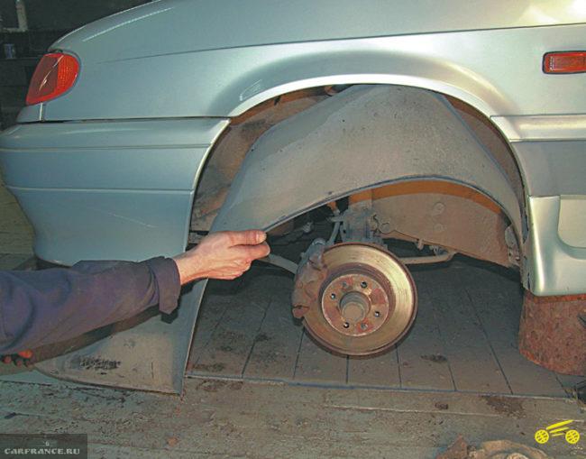 Снятое колесо ВАЗ-2114
