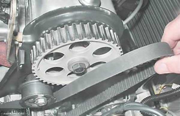 Снимаем ремень ГРМ ВАЗ-2114