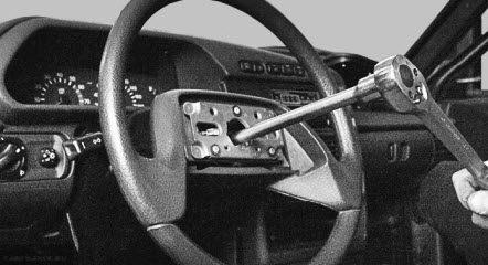 Демонтаж гайки рулевого колеса ВАЗ-2114