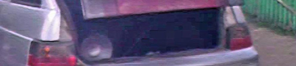 Крышка багажника на ВАЗ-2112 чуть-чуть приоткрыта