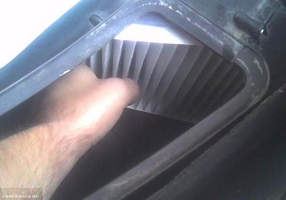 Демонтаж салонного фильтра ВАЗ-2112