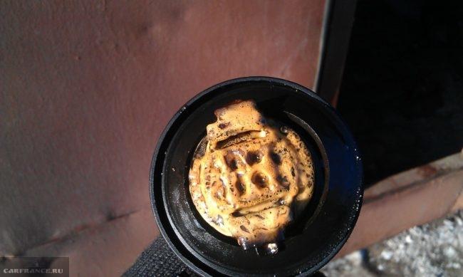 Крышка заливной горловины ВАЗ-2114