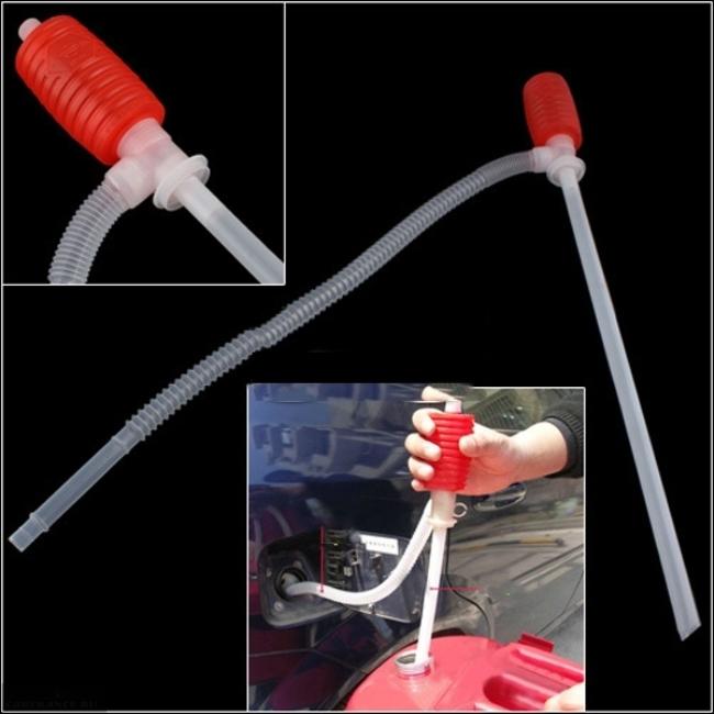 Шланг для перекачки бензина с грушей