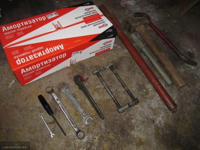Инструмент для замены задней стойки ВАЗ-2112
