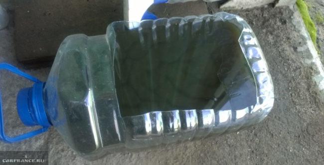 Слитое из коробки передач ВАЗ-2114 трансмиссионное масло