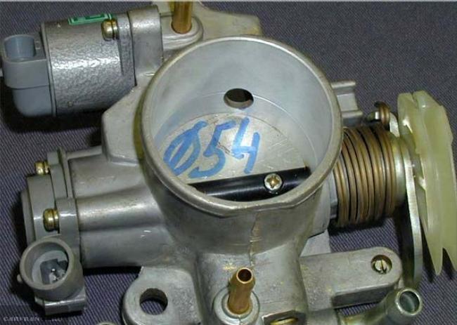 Дроссельный узел увеличенного диаметра для ВАЗ