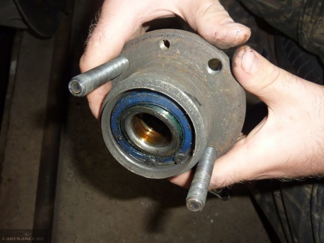 Подшипник внутри корпуса ступицы ВАЗ-2112