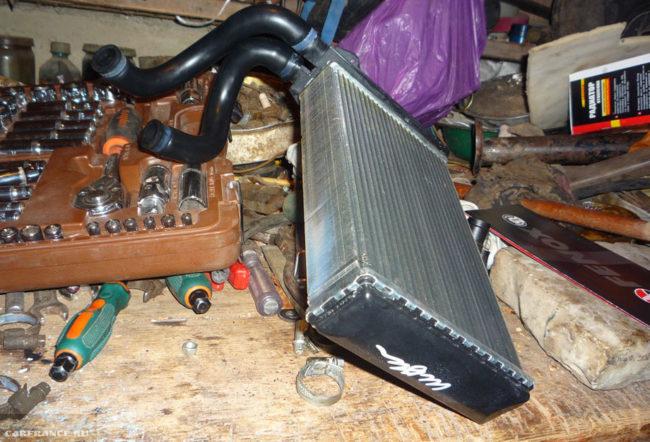 Новый радиатор отопителя и шланги на ВАЗ-2114