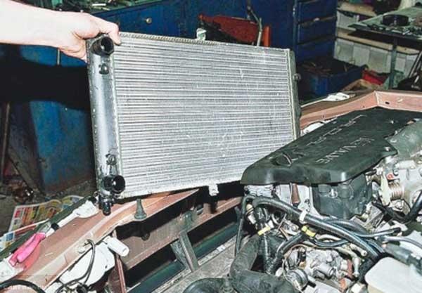 Радиатор ОЖ ВАЗ-2112