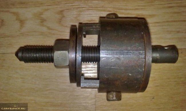 Съёмник передней ступицы на ВАЗ-2112