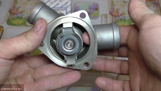 Замена термостата ВАЗ-2112