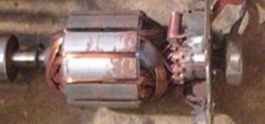 Разобранный для ремонта вентилятор печки на ВАЗ-2114