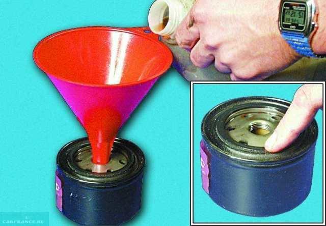 В новый фильтр необходимо залить масло перед монтажом в ДВС ВАЗ-2112