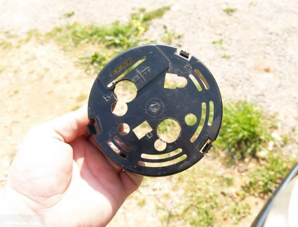 Задняя крышка генератора ВАЗ-2114