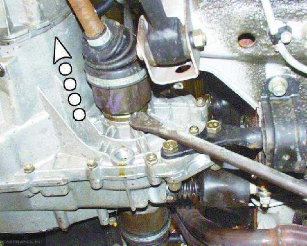 Демонтаж внутренних шрусов ВАЗ-2114