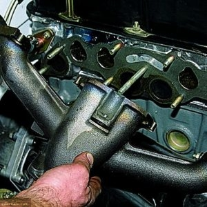 Демонтируем выпускной коллектор ВАЗ 2114