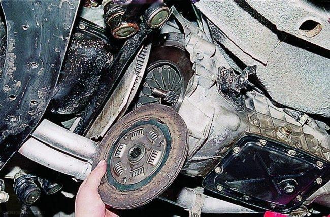 Процесс замены диска сцепления на ВАЗ-2114