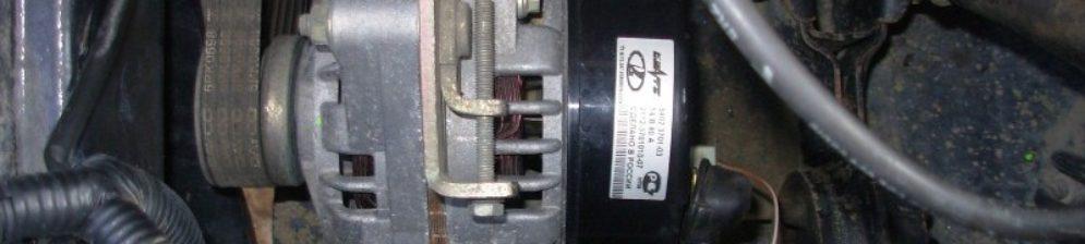 Генератор ВАЗ-2114 установленный на автомобиль