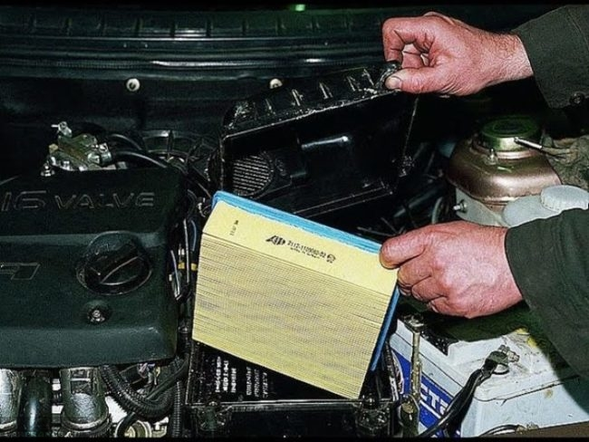 Замена воздушного фильтра на ВАЗ-2114