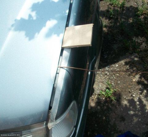 Альтернативный способ открытия капота на ВАЗ-2114 при порванном тросике