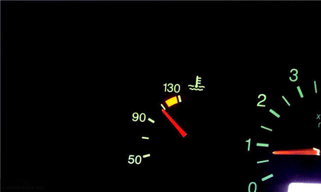 Показатель температуры ОЖ ВАЗ 2114
