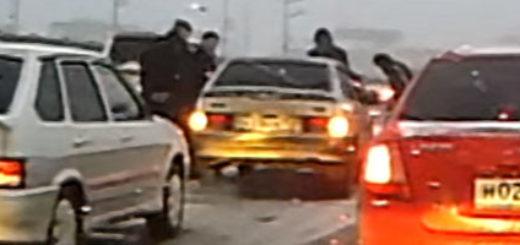 Зимняя авария на дороге