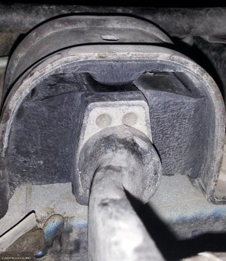 Задняя подушка без порепин на ВАЗ-2114