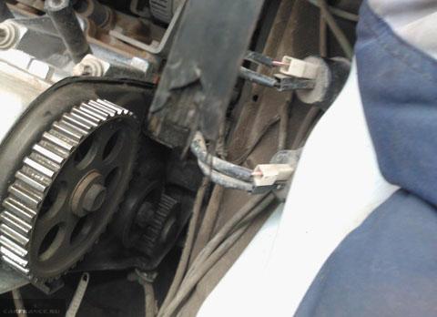 Порвало ремень ГРМ из-за клина помпы на ВАЗ-2114