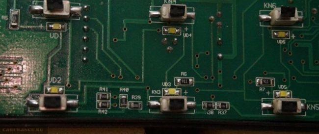 Проверка контактов платы приборной панели ВАЗ-2114