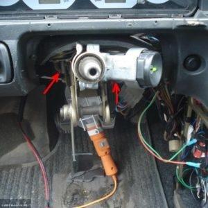 Демонтируем рулевой вал на ВАЗ-2114