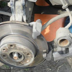 Демонтаж переднего суппорта на ВАЗ-2114