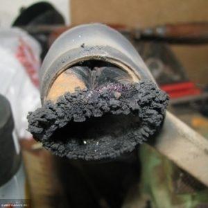 Демонтаж выжженного сайлентблока из рычага передней подвески на ВАЗ-2114