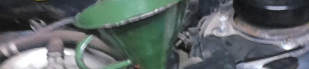 Заливка нового масла в коробку передач на ВАЗ-2114