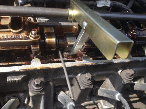 Процесс регулировки клапанов ВАЗ-2114