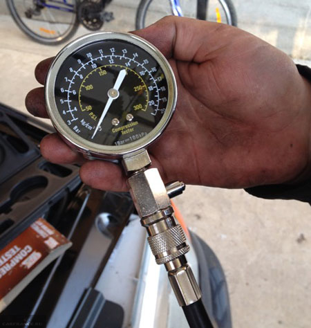 Замер компрессии двигателя ВАЗ-2114