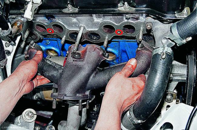 Демонтаж выпускного коллектора ВАЗ-2114