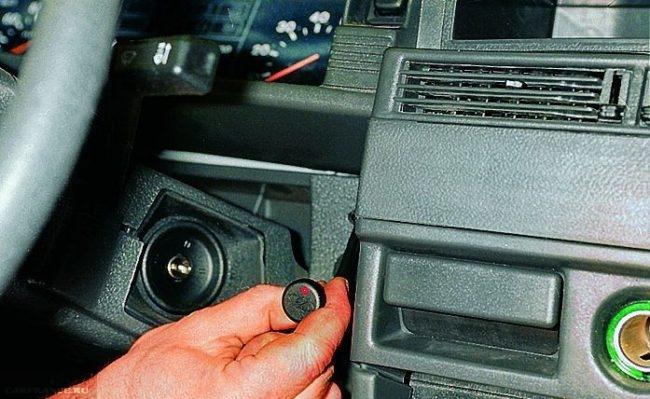 Антенна иммобилайзера с диодом ВАЗ-2114 вблизи