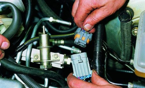 Отключение топливной рампы на ВАЗ-2114