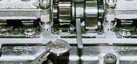В процессе регулировки клапанов на ВАЗ-2114