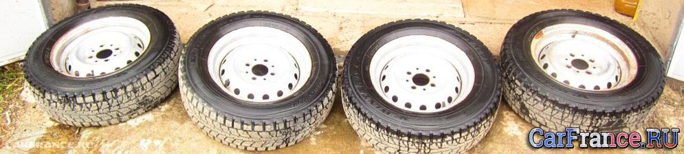 Стандартный колёсный диск на ВАЗ-2114 сверловка 4*98
