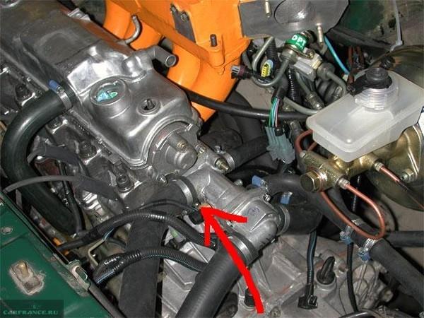 Номер двигателя ВАЗ-2114 вид сверху капота