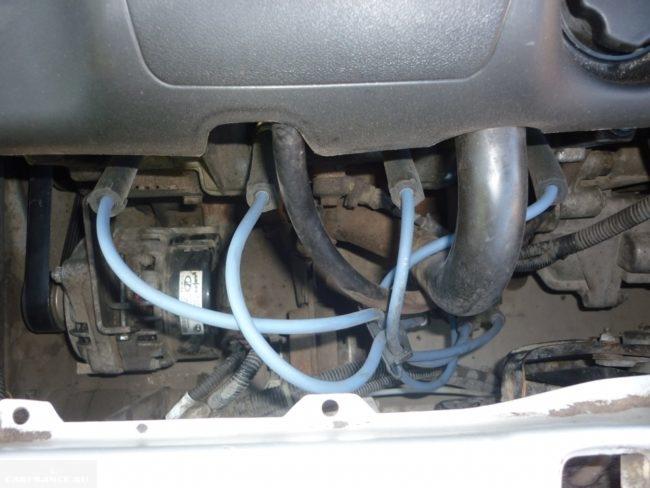 Высоковольтные провода на двигателе ВАЗ-2114