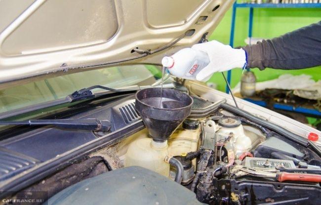 Промывка водяной рубашки Рено Симбол