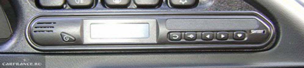 Бортовой компьютер на Нива Шевроле в штатном месте
