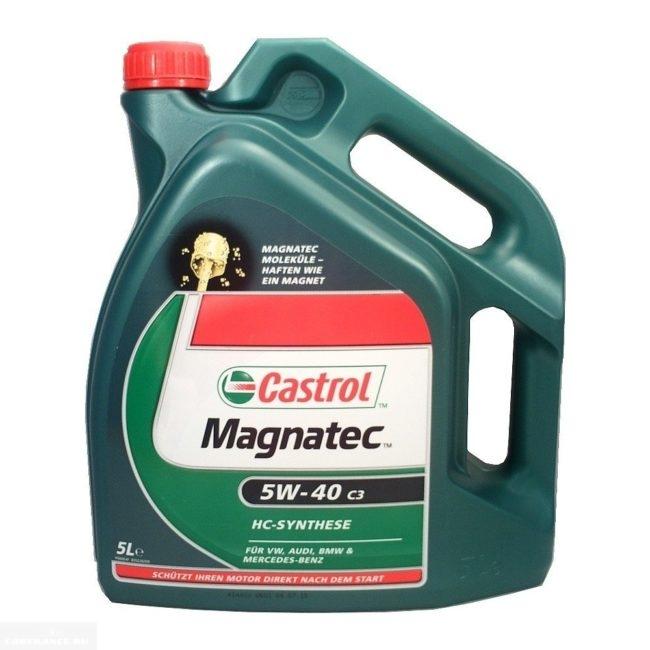 Масло для Нива Шевроле Castrol Magnatic 5 W-40С 5 литров