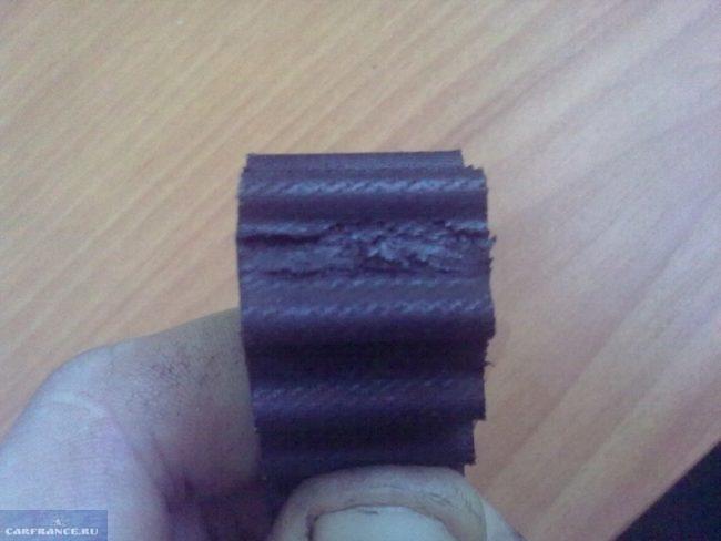 Ремень ГРМ Лада Приора со следами износа