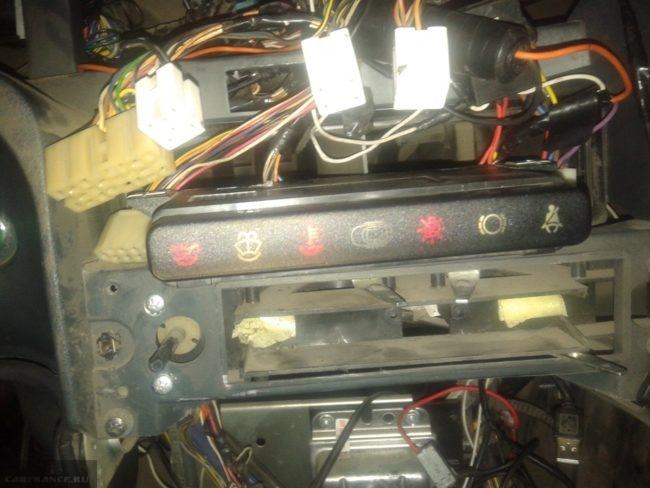 Проводка панели приборов ВАЗ-2114